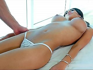 Hot babe enjoys her sensual massage therapy