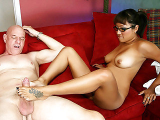 Latina chick wearing eye glasses Jasmen Lopez rails the hard schlong